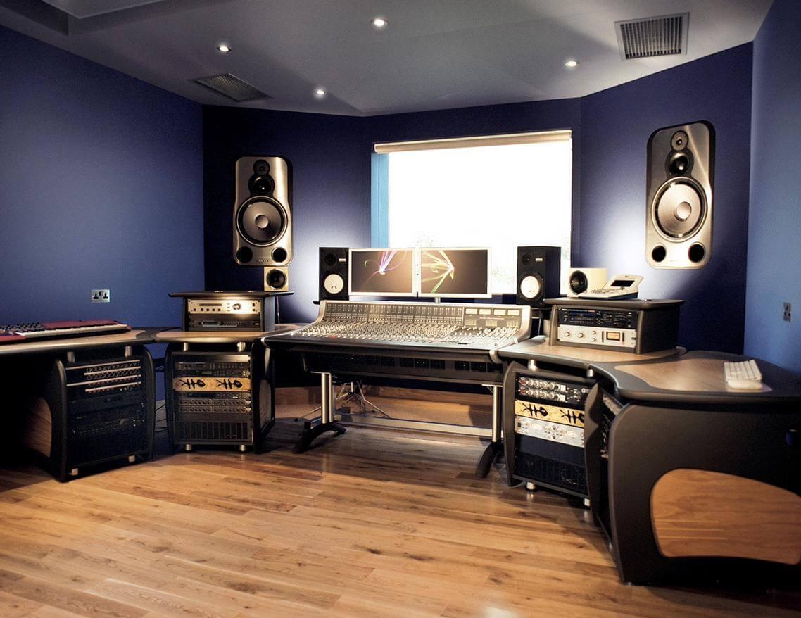 Studio Construction > 10 > Far Heath | Westwood Joinery
